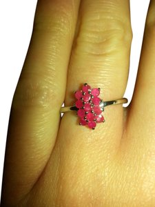 silver ruby New Unique Silver Ruby flower ring. size 7.