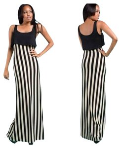 Preload https://item5.tradesy.com/images/black-and-off-white-stripe-sleeveless-casual-maxi-dress-size-8-m-2218749-0-0.jpg?width=400&height=650