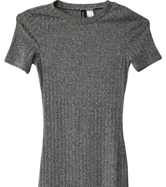 Item - Sweater Mid-length Short Casual Dress Size 0 (XS)