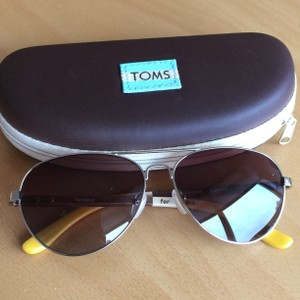 TOMS TOMS Maverick Sunglasses (Silver and Walnut Wood frame with painted Yellow and White Stripes)