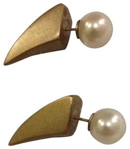 Tory Burch Imitation Pearl Horn Stud Earring