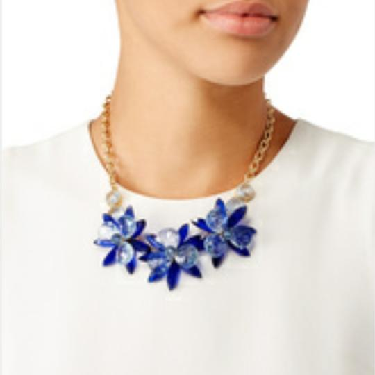 Kate Spade Kate Spade Blooming Brilliant Gold Plated Resin Blue Blossom Flower Necklace. NWT Image 1