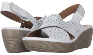 Clarks Wedges Up To 90 Off At Tradesy