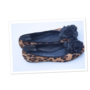 Juicy Couture black & brown Flats