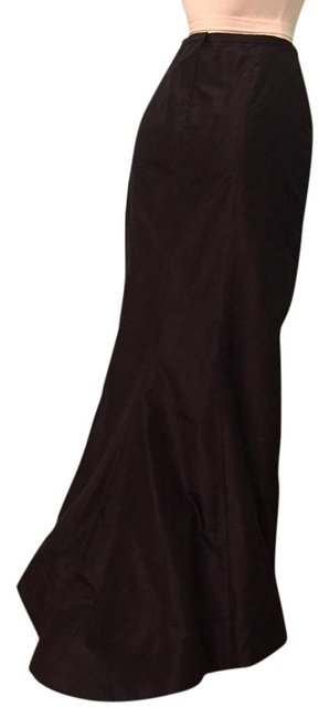 Item - Black Evening with Train Skirt Size 12 (L, 32, 33)