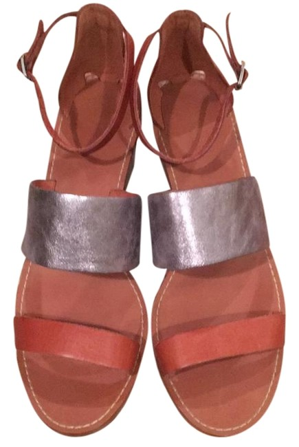 Item - Tan Luggage with A Silver Mid Band Chunky Heel By Sandals Size US 11 Regular (M, B)