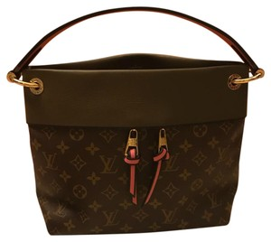 4c25db8dd082 Louis Vuitton Hobo Bag. Louis Vuitton Tuileries Tuileries Besace Monogram  ...