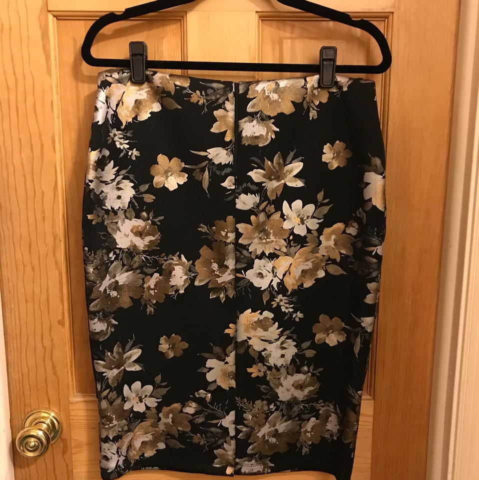 a34d9e0ae25 PAPER DOLL Black Gold Floral Tall Metallic Print Bandeau Pencil Mid-length  Cocktail Dress Size 8 (M) - Tradesy