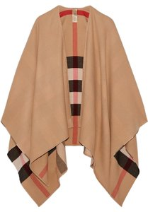 Burberry Brit Wool Merino Cape