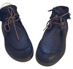 OTBT Moccasin Leather Textured Athletic Black Boots