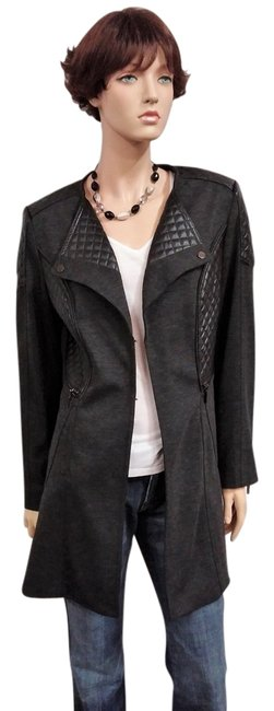 Item - Gray Zipper and Quilted Detail Jacket Size 12 (L)