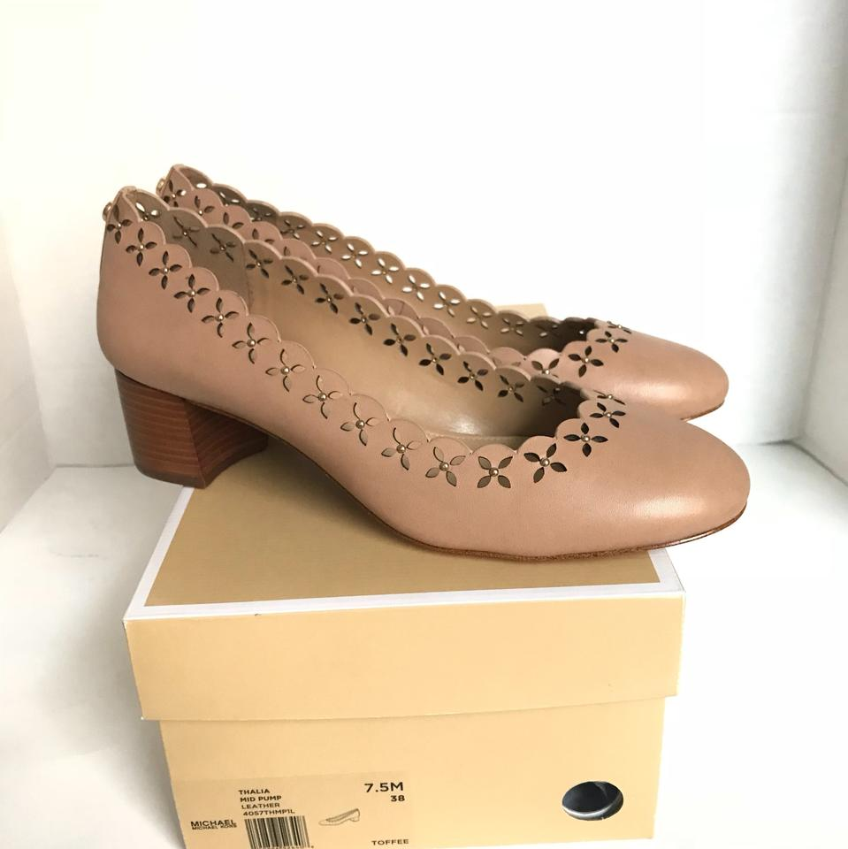 03e674b76b34 Michael Kors Toffee Thalia Leather Perforated Floral Scalloped Mid-heel  Pumps Sneakers Size US 7.5 Regular (M