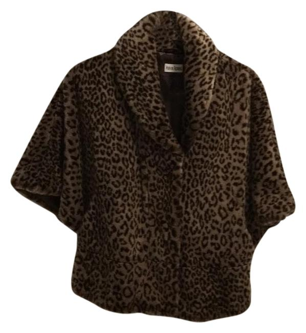 Item - Dark Brown Black and Tan Chubby Faux Leopard Fluffy Coat Poncho/Cape Size 8 (M)
