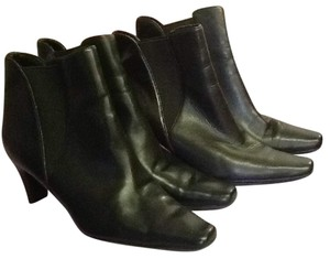 7e1f88cf36f Liz Claiborne Boots   Booties - Up to 90% off at Tradesy