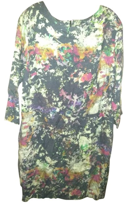 Preload https://img-static.tradesy.com/item/22209703/multiple-made-in-portugal-print-lined-mid-length-short-casual-dress-size-14-l-0-1-650-650.jpg