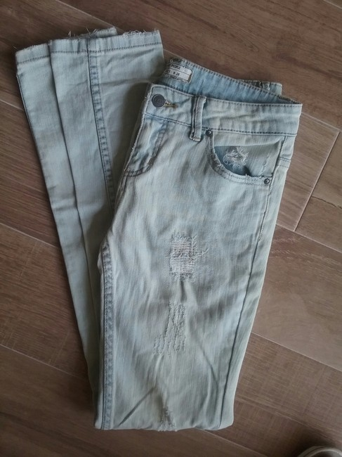 Free People Distressed Comfortable Soft Skinny Jeans-Distressed