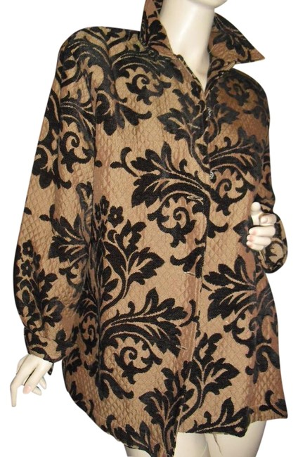 Preload https://img-static.tradesy.com/item/22210466/erin-london-taupe-brown-quilted-woven-in-european-floral-design-luxury-fabric-size-14-l-0-1-650-650.jpg