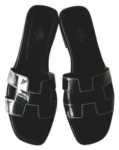 Herms Leather Patent Chic Sandal Black Flats