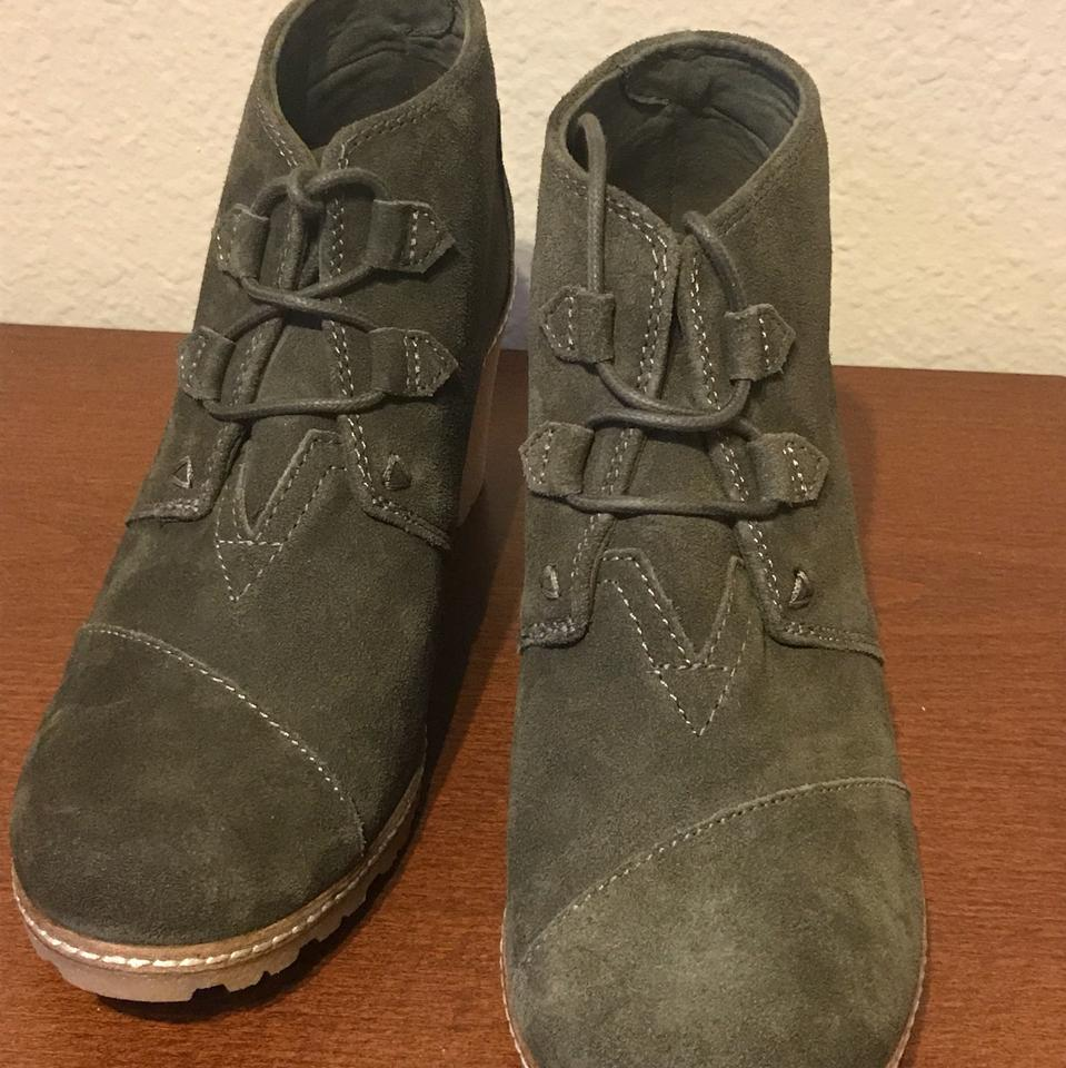 f3e6921f5 TOMS Olive Desert Wedge Boots/Booties Size US 7 Regular (M, B) - Tradesy