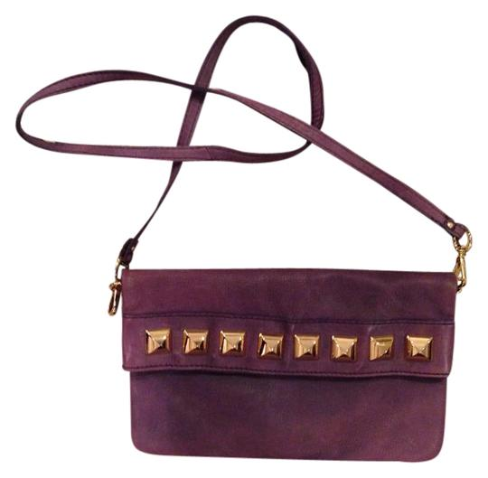Preload https://img-static.tradesy.com/item/22211114/linea-pelle-studded-handbag-nwot-purple-leather-cross-body-bag-0-1-540-540.jpg