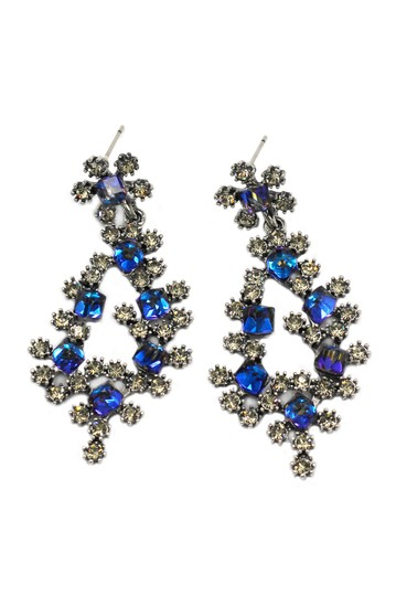 Preload https://img-static.tradesy.com/item/22211337/blue-sparkling-crystal-silver-earrings-0-0-540-540.jpg