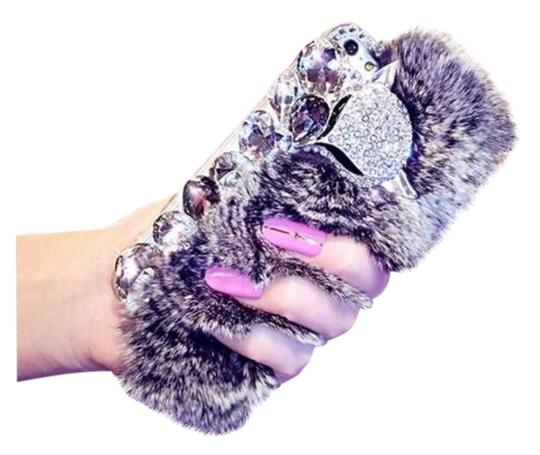 Preload https://img-static.tradesy.com/item/22211536/white-luxury-bling-warm-soft-faux-rabbit-fur-hair-phone-cases-for-iphone-tech-accessory-0-1-540-540.jpg
