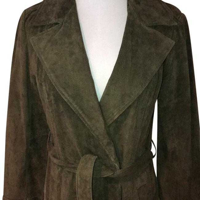 Preload https://img-static.tradesy.com/item/22211921/forever-21-moss-green-suede-trench-jacket-size-8-m-0-3-650-650.jpg