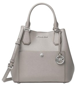 Michael Kors Greenwich Medium Saffiano White Leather 889154025547 30f7mgrt3m Satchel in pearl gray black