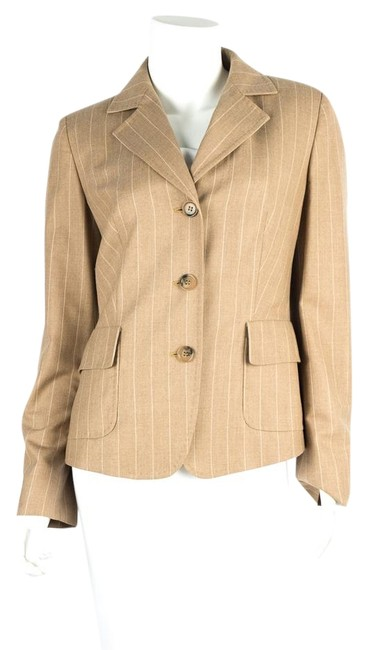 Preload https://img-static.tradesy.com/item/22212560/max-mara-tan-pin-strip-blazer-size-6-s-0-1-650-650.jpg