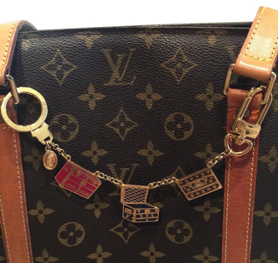 louis vuitton multicolored porte cles shennumer bag charm. Black Bedroom Furniture Sets. Home Design Ideas