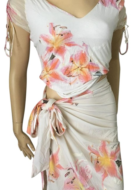Preload https://img-static.tradesy.com/item/22212879/roberto-cavalli-whitepink-2-piece-outfit-wcover-up-cover-upsarong-size-6-s-0-1-650-650.jpg