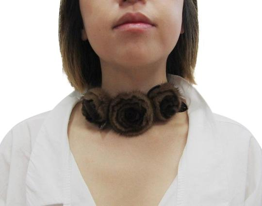 Preload https://img-static.tradesy.com/item/22213104/fendi-brown-mink-choker-rosette-floral-applique-leather-tie-necklace-0-1-540-540.jpg
