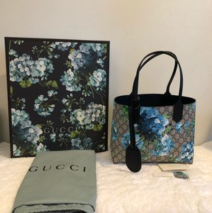 e00206edcb756 Gucci Blooms Supreme Leather Tote - Tradesy