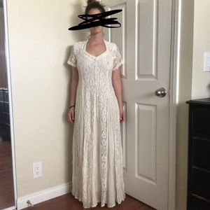 Cream Off White Lace Rayon Long By Vintage Wedding Dress Size 6 (S)