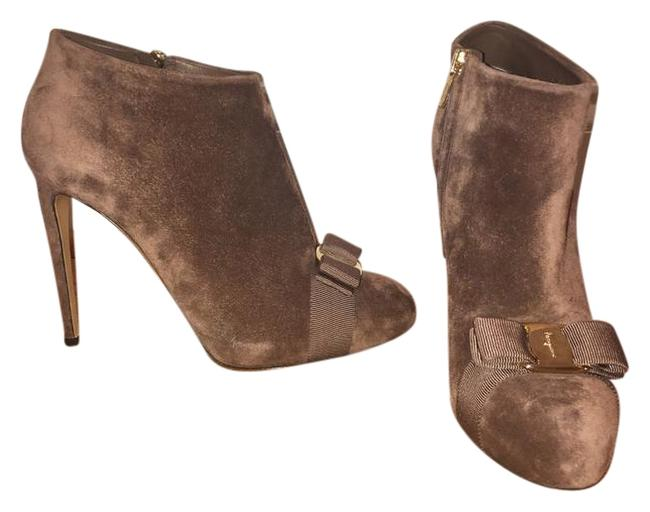 Item - Deep Taupe Royal Suede Ankle Boots/Booties Size US 8 Regular (M, B)