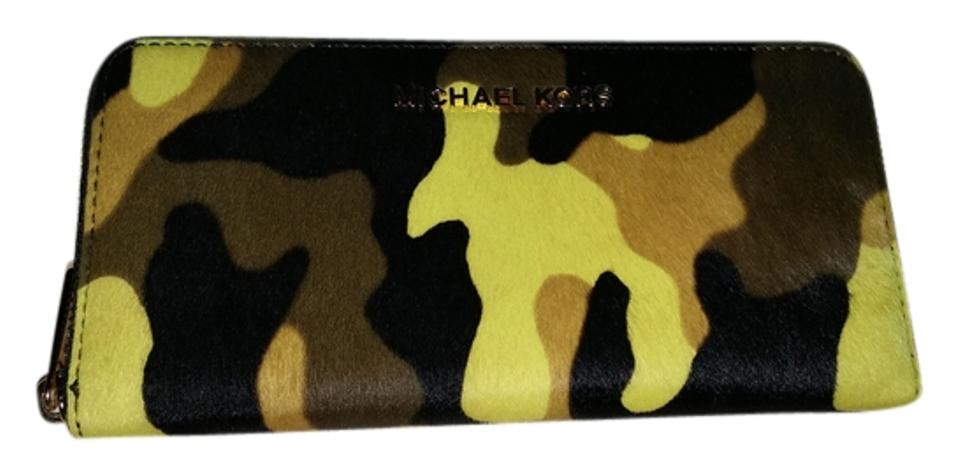 8cabbc6588c290 Michael Kors NEW MICHAEL KORS JET SET TRAVEL ZA CONTINENTAL WALLET-CAMO  HAIRCALF-ACID ...
