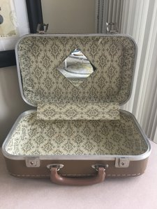 Brown Vintage Vanity Case Or Train Case Suitcase Ceremony Decoration