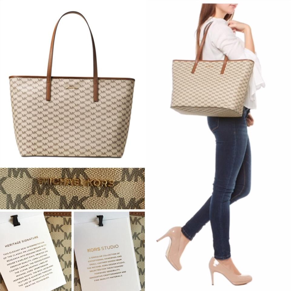 8d57c4a6bfd78f Michael Kors Heritage Collection Large Natural/Luggage Tote - Tradesy