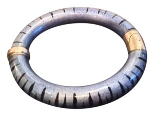 SOHO Beauty SOHO TIGER ENAMEL BANGLE IN BLUE AND BLACK