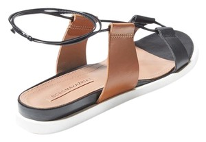 BCBGMAXAZRIA Bcbg Color-blocking Flat Leather Colorblock - Black and tan Sandals