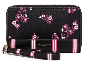 Marc Jacobs Marc Jacobs Floral PVC Black Multi Wingman Zip Wristlet Phone Wallet