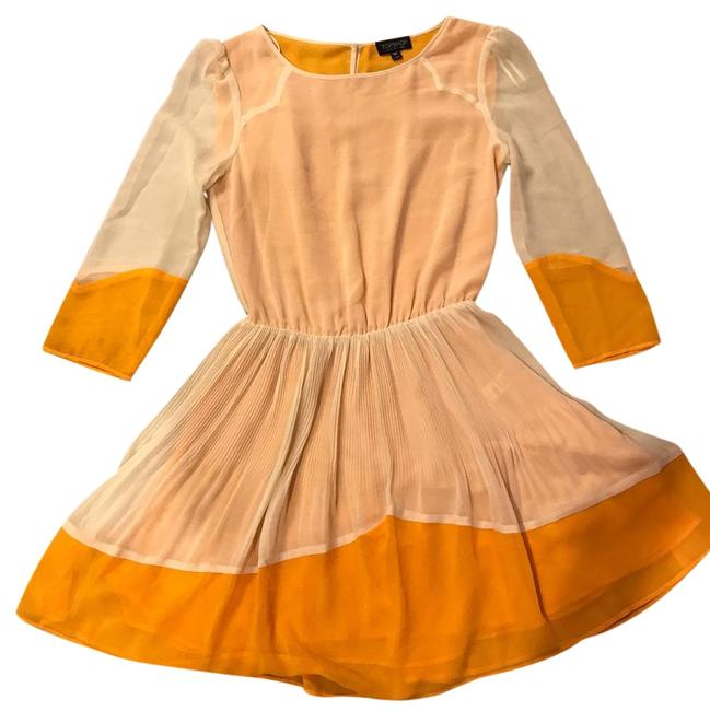 Item - Yellow/Cream Pleated Color Block Mid-length Short Casual Dress Size 2 (XS)