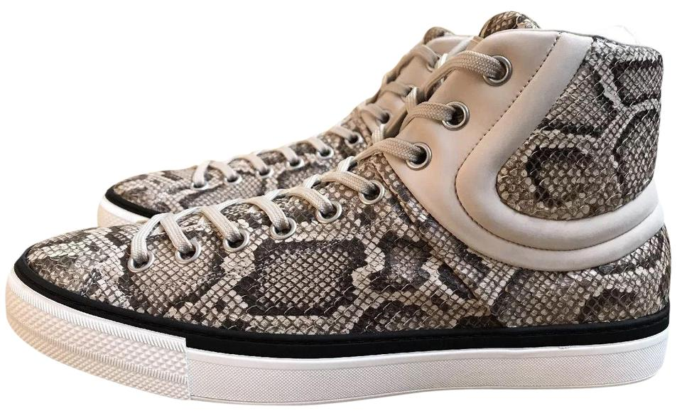 Louis Vuitton Shoes on Sale - Up to 70% off at Tradesy - photo #1