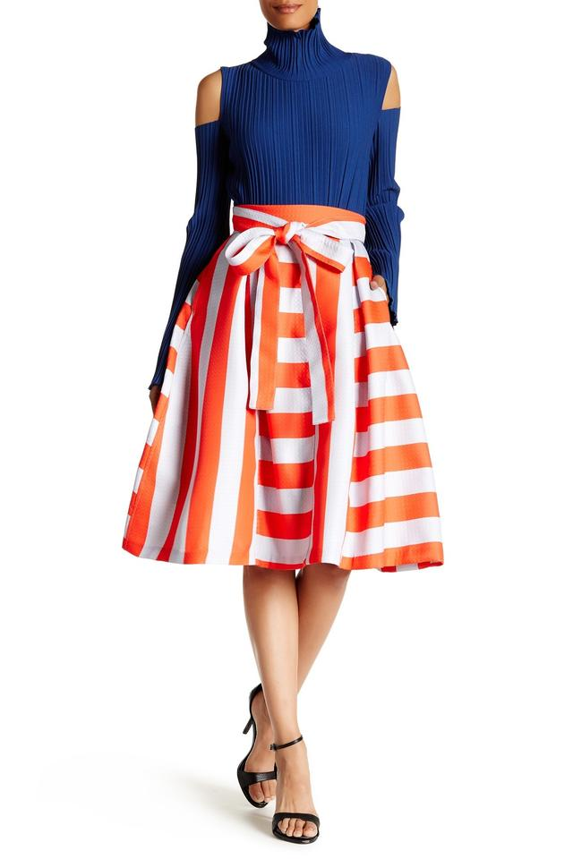 how to wear a tov skirt