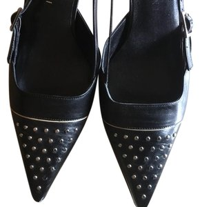 Gianni Bini Black w/studds Pumps