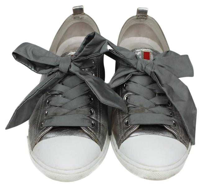 Item - Silver Bow Sneakers Size US 7 Regular (M, B)