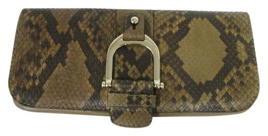 Preload https://img-static.tradesy.com/item/22235474/gucci-horsebit-greenwich-python-taupe-leather-and-snakeskin-clutch-0-1-540-540.jpg