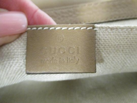 Gucci Taupe Clutch Image 8
