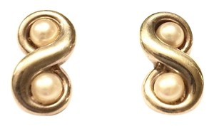 Tiffany & Co. Infinity Pearl Silver Earrings