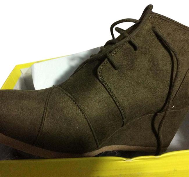 Item - Green Lace Up Bootie Wedges Size US 10 Regular (M, B)